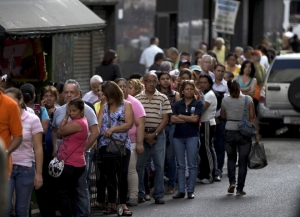 In Venezuela, the new year has brought little change to the scarcity problem that is becoming alarming: long lines across the country to buy even the most basic products. Source: Fox News Latino